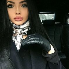 Interesting Faces, Leather Gloves, Silk Scarves, Scarf Styles, Ladies Gloves, Women's Gloves, Lady, Womens Fashion, Beautiful