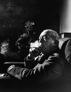 Ludwig Mies, binnenhuisarchitect en ontwerper van stoelen