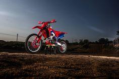 Honda Motocross, Honda, Motorcycle, Vehicles, Dirt Biking, Motorcycles, Car, Dirt Bikes, Motorbikes