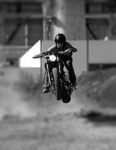 yeeeee #cafe #motorcycle #Cretins