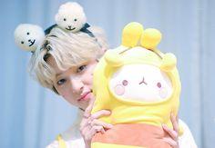 [HD PICS] 180826 Myungdong Fansign Event - #Golden_Child #Jaehyun   #골든차일드 #봉재현 #재현  📷WINTERDREAM_JH Woollim Entertainment, Golden Child, Jaehyun, Cute Wallpapers, Boy Groups, Fandom, Kpop, Entertaining, Christmas Ornaments