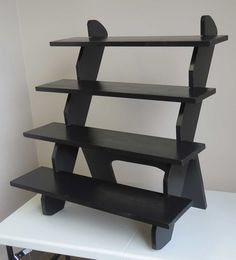 Portable, no-tools-required tabletop display stand - Stu's Portable Display Stands
