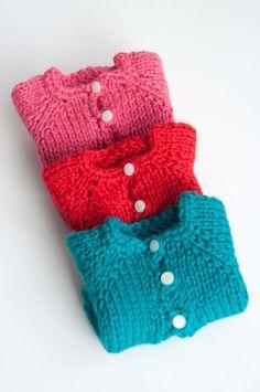 Aesthetic Nest: Knitting: Waldorf Doll Cardigans