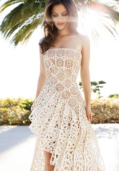 Rachel Bilson, seriously awesome #dress !