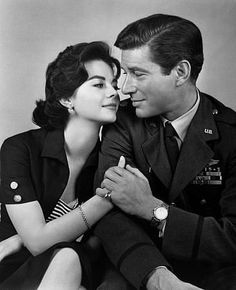 Natalie Wood and Efrem Zimbalist Jr. in Bombers B-52