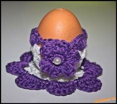 Vycházela jsem  z háčkovaných vajíček z jednoho z mých návodů a použila vějířový vzoreček.<br>Příze:...