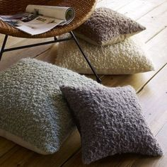 41 Cool Idea To Decorate Your Place With Floor Pillows - Shelterness Fluffy Pillows, Throw Pillows, Accent Pillows, Decorating On A Budget, Interior Decorating, Interior Design, Handmade Pillows, Decorative Pillows, Alpaca Facts