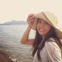 #kitao777 あゆみっち( @ayumi_2192 )『山口・栃木親善観光大使』記念ショット。 #jidori #jidori0722 #yamaguchi @ 室積海水浴場