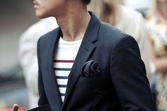 Nice shirt/jacket combo.