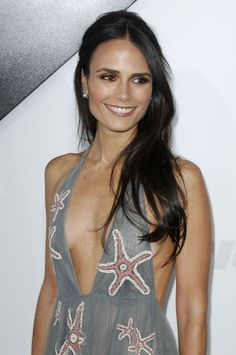 Agree, the Jordana brewster cleavage very well