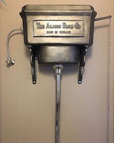 Niekstyling. #albion Toilet Cistern, Industrial, Bathroom, Washroom, Full Bath, Industrial Music, Bath, Bathrooms