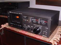 Akai GXC 704D Stereo Cassette Deck