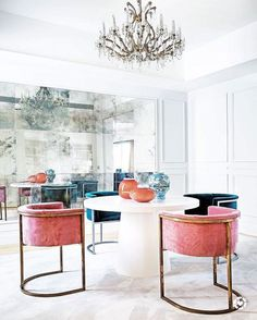 7 unique fabrics for modern chairs #uniquefabrics #modernchairs #interiordesign Get Inspired: http://modernchairs.eu/