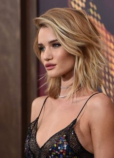 Rosie Huntington-Whiteley Photos - 'Mad Max: Fury Road' Premiere - Red Carpet - Zimbio