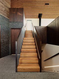 Arkitekt: wood a+d www.no Foto: Einar Aslaksen Stairs, Wood, Design, Home Decor, Stairway, Decoration Home, Woodwind Instrument, Room Decor, Timber Wood