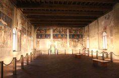 Palazzo Schifanoia a Ferrara  http://pioneer.expedia.it/regioni/3-cose-da-non-perdere-a-ferrara-bici-orti-e-palazzo-schifanoia/