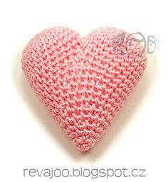 handmadeROOM: háčkované 3D srdce 6cm