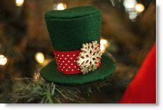 Mini Felt Top Hat Ornament & Santa Hat Tutorial · Felting | CraftGossip.com