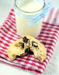 Annarasa ~ Essence of Food: Chocolate Chunks Cookies | Eggless Cookies