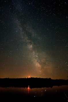 87 second exposure of the milky way just a little outside of Ottawa, Canada