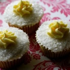 Sweet little Earl Grey cupcakes with Lemon buttercream!