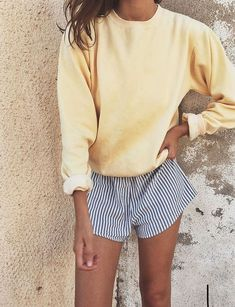 casual outfit//stripped shorts, swewater