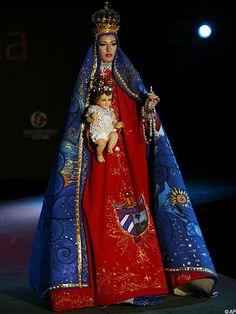 Virgin Mary appears on Cuba's catwalk