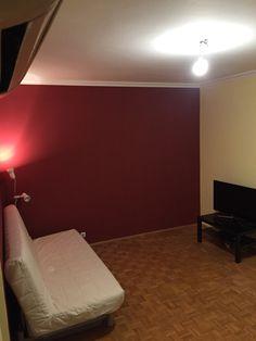 Kész a festés, íme a nappali még üresen
