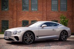 The 2019 Bentley Continental GT is beautiful, excessive and totally worth it Bentley Motors, Bentley Continental Gt Speed, Bentley Gt, Volkswagen, Large Suv, Mercedes Car, Electric Cars, Car Car, Exotic Cars