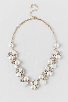 Kylie Pearl Statement Necklace - Francesca's