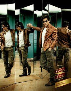 Shah Rukh Khan for Royal Stag Shahrukh Khan And Kajol, Shah Rukh Khan Movies, Bollywood Stars, Indian Actresses, Actors & Actresses, India Actor, King Club, Sr K, Sara Ali Khan