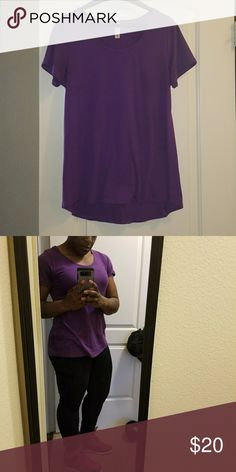 LulaRoe Perfect T Excellent condition Perfect for casual or dressy look Beautiful Violet color Pairs great with Lula Roe leggings listed in my closet (bundle and save) LuLaRoe Tops