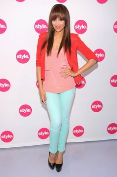 Tia Mowry in perfect Spring colors! would prefer nude pumps with this look, but very cute.