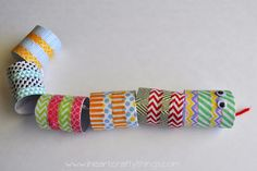 Toilet roll jointed wiggly snake decorated with washi tape Snake Crafts, Cardboard Rolls, Washi Tape Crafts, Activities For Kids, Crafty, Nature Center, Blog, Fun, Handmade