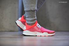 "A Closer Look at the Nike Sock Dart SP ""Infrared"""