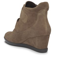 Treat yourself to these suede, wedge booties this #ValentinesDay!   #ShareTheAeroLove