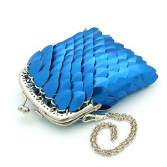 Blue chainmaille scale purse by squigglycreations.com.au