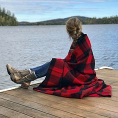 Machine-washable blankets in colorfast wool won't shrink, fade or pill. Made with naturally renewable wool, they also pass strict standards of sustainability, leaving the smallest possible impact on our earth. In neutral plaids, they're easy to match in any room. Whipstitched edges.