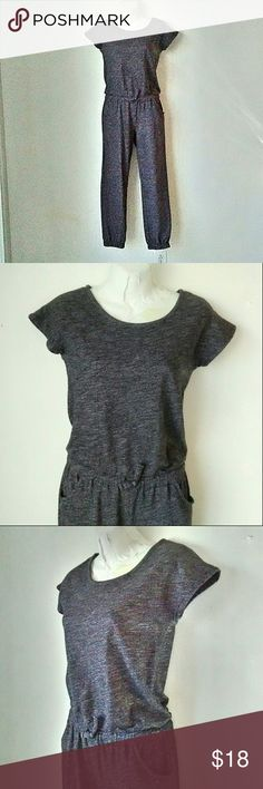 Old Navy Gray  Cotton Jumpsuit Short sle ve gray jump suit with elastic waistband and elastic ankles.  Also has 2 pockets just below he waistband. Keyhole and one button closure on the back. Size is a Large 10-12  Material is cotton blend and has stretch. Excellent like new condition. B1 Old Navy Pants Jumpsuits & Rompers
