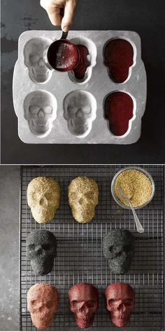 Nordic Ware Halloween Mini Skull Pan