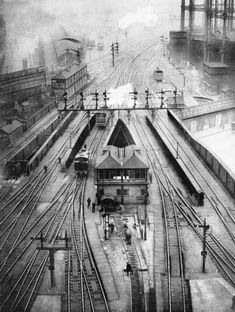 London's St. Pancras station c.1934 from the train shed roof (courtesy of Tim Dunn via Twitter) Old Train Station, Train Stations, Grey Wallpaper Iphone, Steam Railway, Train Pictures, British Rail, Old Trains, Vintage London, London Underground
