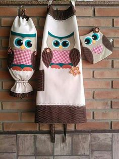 Kit fofo Owl Fabric, Fabric Crafts, Sewing Crafts, Owl Crafts, Animal Crafts, Quilt Patterns Free, Sewing Patterns, Crochet Projects, Sewing Projects