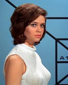 English actress Gabrielle Drake, sister of 1970s singer-songwriter, Nick Drake