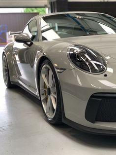 Cars by Porsche Porsche Sports Car, Porsche Cars, Classy Cars, Sexy Cars, Bmw E36, E36 Coupe, Ferdinand Porsche, Vintage Porsche, Car Colors