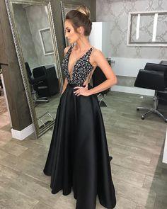 blogcheers.com - Vestido de festa by Cyntina Fontanella | moda festa | vestido preto | black dress | vestido bordado | formanda | madrinha | vestido de festa | vestido de formatura | casamento | wedding