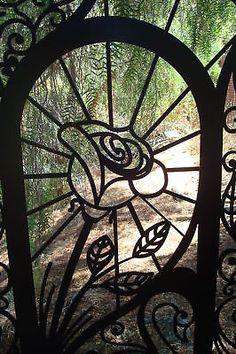 METAL GATE ON SALE GARDEN ORNAMENTAL WROUGHT IRON STEEL ART FABRICATED IN USA