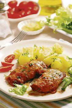 Pečené v rúre: Smotanové bravčové rezne s mozzarellou Mobile App Design, Tandoori Chicken, Chicken Wings, Pattern Design, Ui Patterns, Food And Drink, Meat, Ethnic Recipes, Kochen