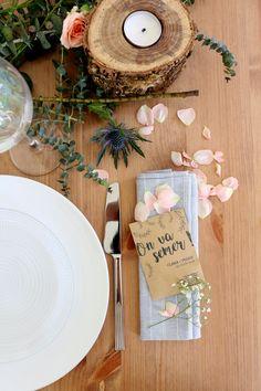 """Sachets de graines """"On va semer !"""" de La Fabrique à Sachets. // Wedding table decoration by La Fabrique à Sachets. #mariage #wedding #cadeauinvités #decoration"""