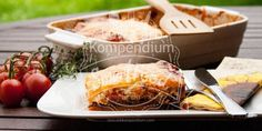 Zucchini-Lasagne mit Bolognese - Low Carb, gesund & lecker