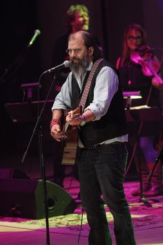 Steve Earle Photos Photos: The Life & Songs of Emmylou Harris: An All Star Concert Celebration - Show Steve Earle, City Winery, Emmylou Harris, Brooke Shields, Father And Son, Musical Instruments, Violin, Cool Photos, Law